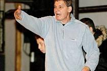 Trenér Štajner nabádá své svěřence k větší aktivitě.