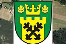 Znak obce Blatce má podobu zeleného štítu se dvěma černými ostrvemi ve zlaté cimbuřové věži vyrůstající z dolního okraje štítu a převýšené zlatou korunou provázenou po stranách po jedné zlaté svěšené chmelové šištici.