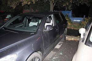 Minulý pátek spadla klec na zlodějskou partičku z Děčínska, která se v průběhu září na různých místech na Českolipsku vloupala do celkem 27 osobních vozidel.