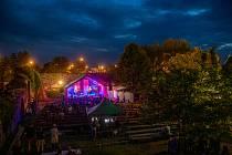 Hrad Lipý hostí hudební festival Všudybud
