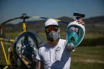 Piloti pomohli. Do Lípy přivezli masky.
