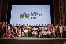 Cena Gratias Tibi je udělovaná mladým lidem ve třech věkových kategoriích.