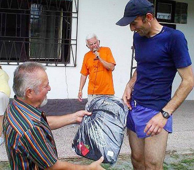 Absolutním vítězem se stal (dosavadní držitel traťového rekordu) Michal Michálek (Sokol Mělník) s časem 24:39 min.