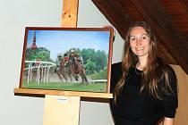 Ještě do konce týdne je možné v Městském muzeu v Mimoni shlédnout výstavy dvou tamních výtvarnic - Lenky Proboštové a Lenky Vránové.