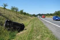 Řidička nezvládla předjížděcí manévr