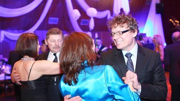 Šestnáctý reprezentační ples města Česká Lípa se uskutečnil v pátek v KD Crystal.