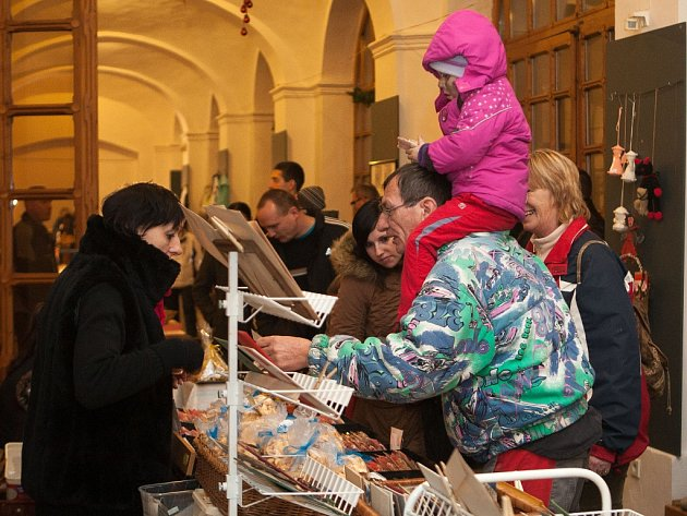 Pětadvacáté Vánoční trhy v českolipském muzeu.