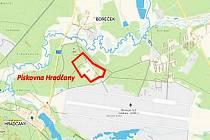 Mapa z materiálů těžaře: těžba výbušninou má probíhat v těsné blízkosti hradčanského letiště, nejnavštěvovanější části Ralska, a z druhé strany v sousedství evropsky významné lokality Horní Ploučnice.