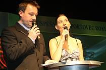 Moderátory veřera byli Radek Šilhan a Eva Aichmajerová