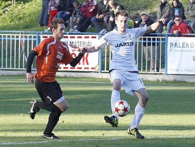 KRAJSKÝ PŘEBOR. Derby proti rezervě českolipského Arsenalu vyhrály domácí Doksy 1:0.