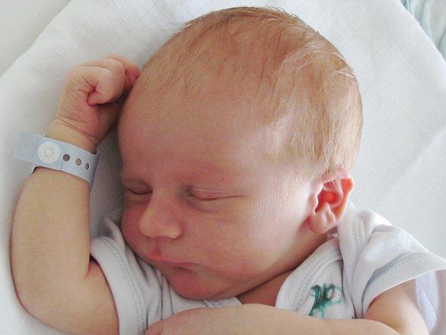 Rodičům Magdaleně Krejčové a Josefu Říhovi ze Stráže pod Ralskem se v sobotu 29. srpna ve 22:57 hodin narodil syn Josef Říha. Měřil 51 cm a vážil 3,78 kg.
