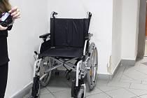 Invalidní vozík. Ilustrační fotografie.