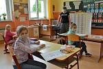 Děti z prvního stupně na Základní škole ve Skalici u České Lípy.