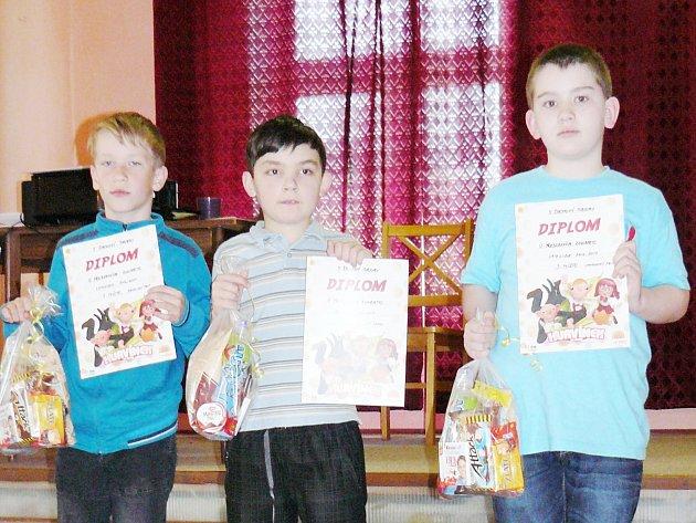 Ve skupině do 10 let si zlato odvezl Filip Dolenský (Libštát), stříbro Marek Šíp (Povrly) a bronz ZŠ Partyzánská Filip Sichrovský (vpravo).