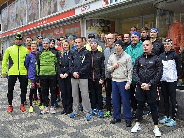 Běžci zapojení do projektu se minulý týden zúčastnili prvního tréninku v běžeckém centru Running Mall v Praze.