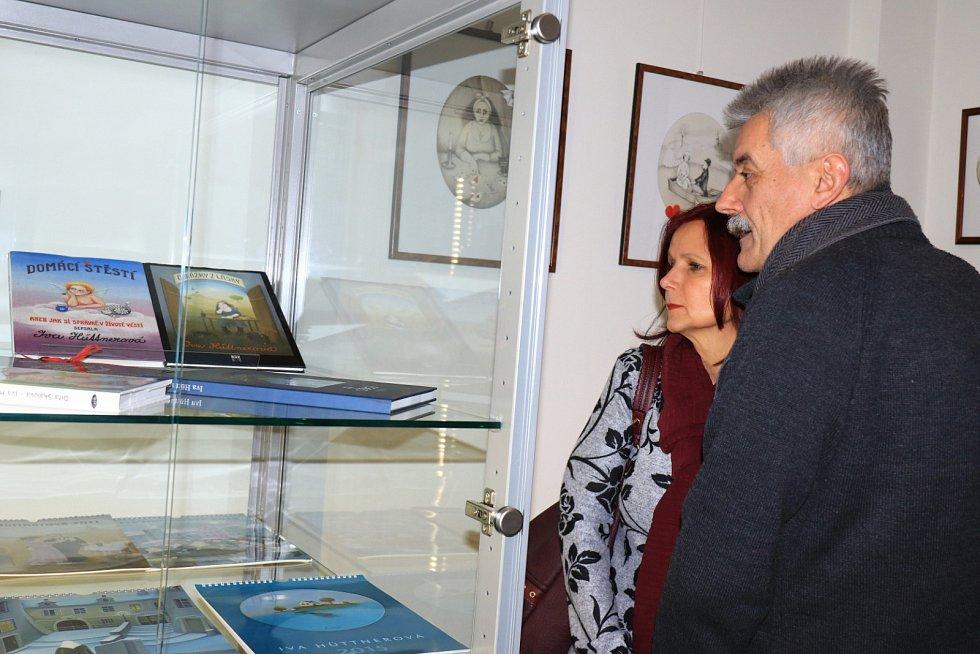 Výstavu litografií oblíbené české herečky, výtvarnice a spisovatelky Ivy Hüttnerové připravilo na nadcházející týdny Městské muzeum v Mimoni.