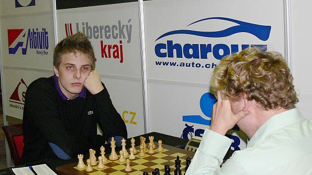 Vítězství na 4. ročníku Novoborské šachové Corridě vybojoval maďarský velmistr Richard Rapport.