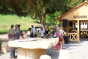 V krajině zaniklých obcí se konalo landartové setkání.