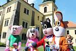 Na zámku v Doksech vás přivítají známé postavičky Čtyřlístku.