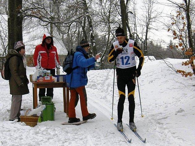 Běžecké tratě na Polevsku jsou stejně jako vloni připravené díky podpoře obcí Novoborska a nadšení členů oddílu SKI Polevsko.