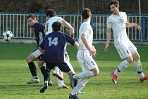 Fotbalisté Doks budou o další body do tabulky I. A třídy bojovat v sobotu na svém hřišti v týmem Doubí.