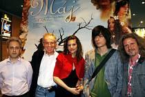 Výpravný film Máj promítá dnes od 20.00 kino Hvězda v Kamenickém Šenově..