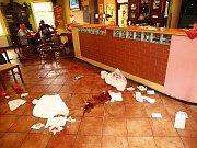 V novoborském baru došlo k brutálnímu útoku v neděli 7. srpna 2011 odpoledne.