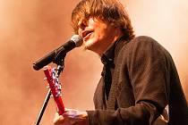 Závěrečný koncert festivalu na Bezdězu obstarají Chinaski v čele s Michalem Malátným.