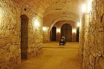 V podzemí baziliky v Jablonném ukrývá ostatky Svaté Zdislavy.