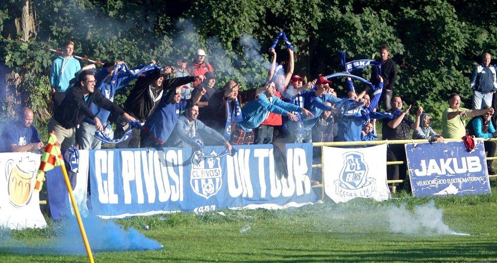 Fanouškovská skupina CL Pivosi.