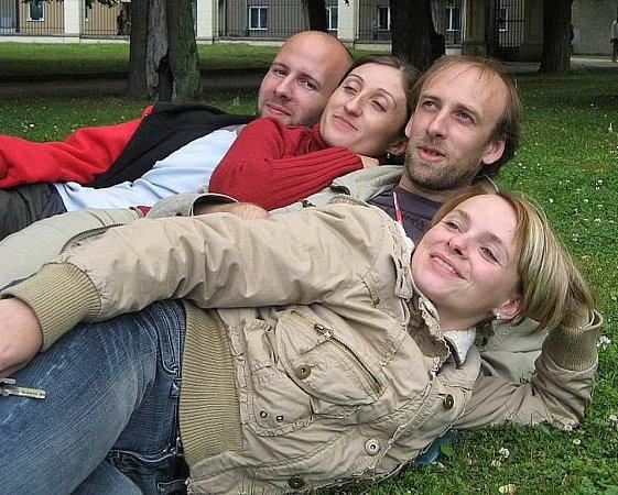 Novoborská skupina Zhasni.