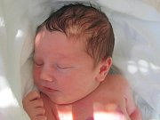 Mamince Janě Freigangové ze Zákup se v úterý 23. srpna v 8:28 hodin narodil syn Ondřej Štummer. Měřil 50 cm a vážil 3,5 kg.