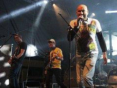 Legendární punk - rocková kapela v čele s Lou Fanánkem Hagenem zahraje ve čtvrtek v České Lípě.