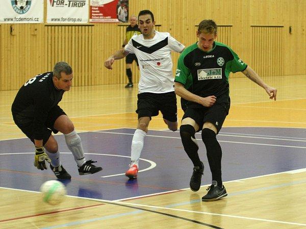 Devět gólů inkasoval Reas od Démonů.