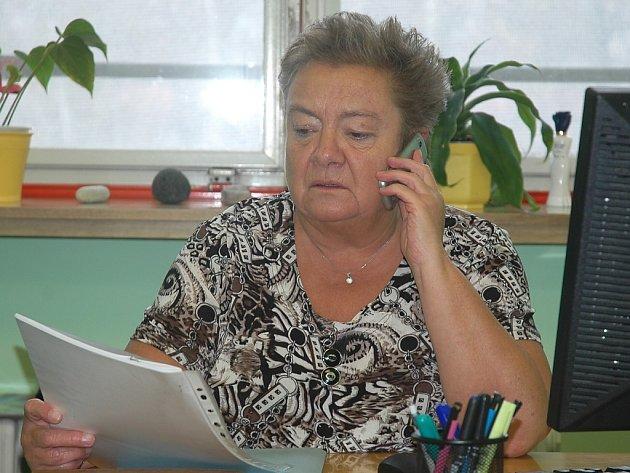 """Olga Marková. Ženu, která pracuje v českolipské nemocnici a připravuje takzvané """"krizové řízení ve zdravotnictví"""", ocenil ve čtvrtek v Liberci hejtman Libereckého kraje Martin Půta."""