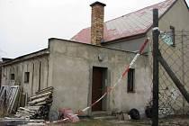 Dům ve kterém se stala otřesná vražda v Kamenickém Šenově policie uzavřela