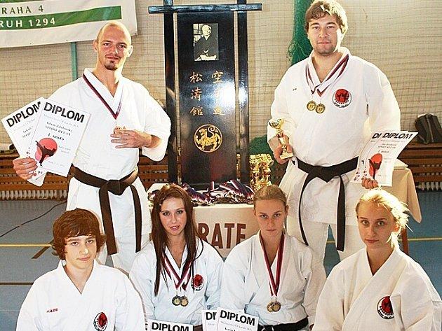Jan Drobeček, Jakub Kolek, Adam Zdobinský, Karin Košíková, Tereza Zlatohlávková, Martina Košíková a Kryštof Zlatohlávek.