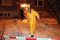 Kriminalisté zjišťují okolnosti tragédie a motiv pachatele.