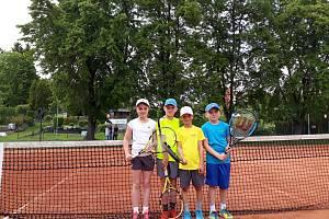 Velké úspěchy českolipských baby tenistů.