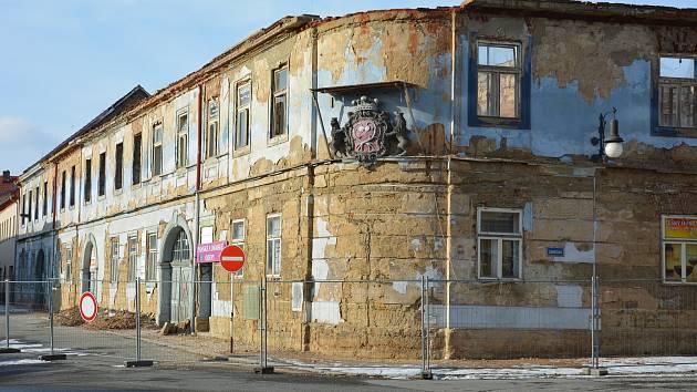 Záchrany se má dočkat i ruina Kounicova domu v centru České Lípy. Foceno 30. ledna 2019.