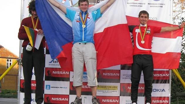 František Bogar mohl  po dlouhém závodě rozvinout vítěznou vlajku.