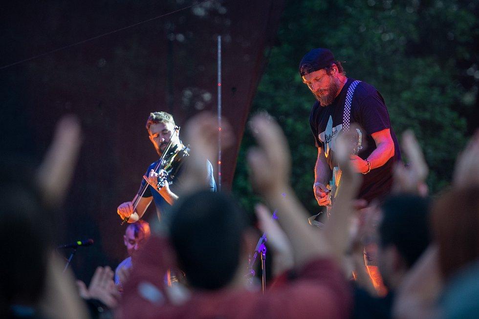 Koncert skupiny Divokej Bill v Dubici.