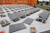 Infoden v České Lípě pořádají mimo jiné proto, že někteří zastupitelé prosazují myšlenku finanční podpory solárních panelů.