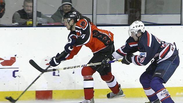 Českolipští hokejisté nasázeli Frýdlantu devět branek.