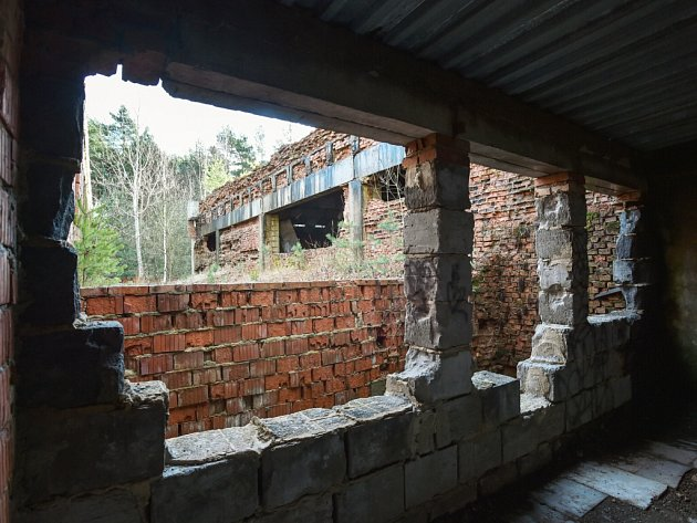 Bývalý kulturní dům v Ralsku půjde k zemi.