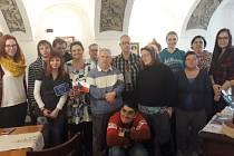 Uživatelé služeb Rytmus Liberec, o.p.s. strávili vpříjemné vánoční atmosféře společné setkání opět v pekárně vJablonném v Podještědí.