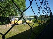 V současné době se 14 vybraných vězňů střídavě stará pod dohledem speciálního pedagoga o 12 včelstev.