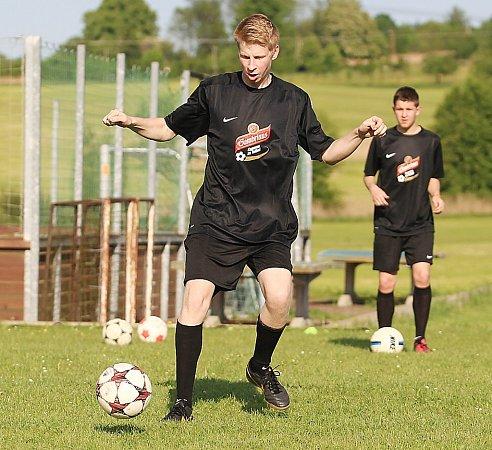 Den sprofesionálním trenérem Baumitu Jablonec zažilo mužstvo okresního přeboru Lokomotiva Kravaře.