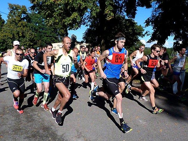 Na start tradičního závodu v Zahrádkách se postavilo 177 borců všech věkových kategorií.