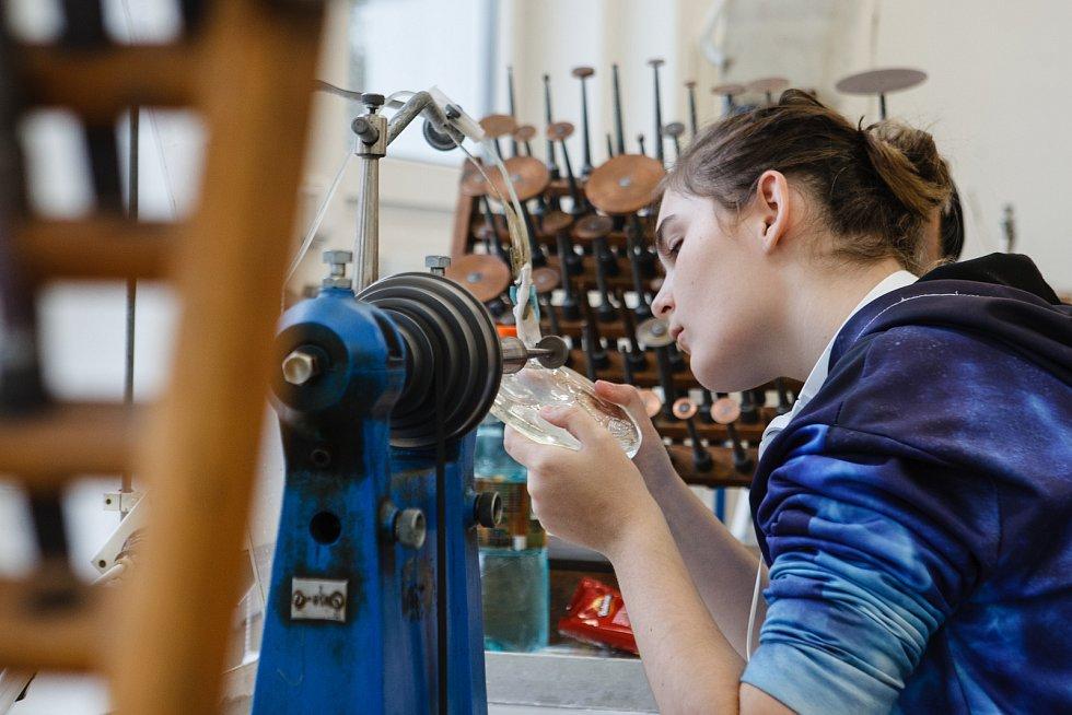 V Kamenickém Šenově otevřeli centrum odborného vzdělávání na Střední uměleckoprůmyslové škole sklářské.